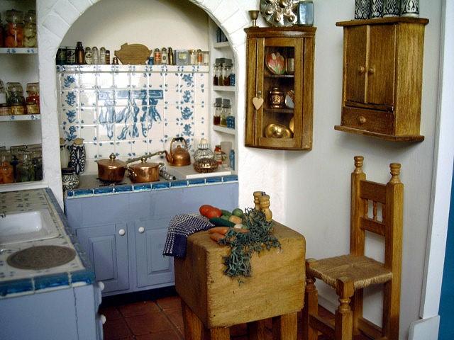 Mini Kitchen Room Box: Room Box Number 17