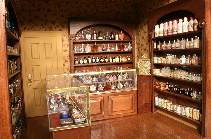 Room Box Number 26 Perfume Store